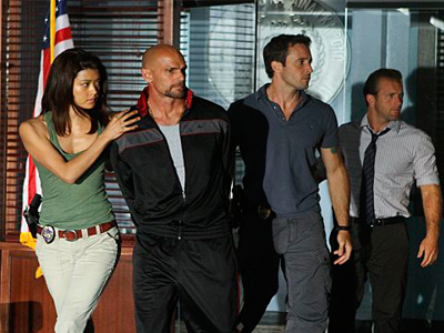 Hawaii Five-0 - Ne Me'e Laua Na Paio - Season 1 Episode 19