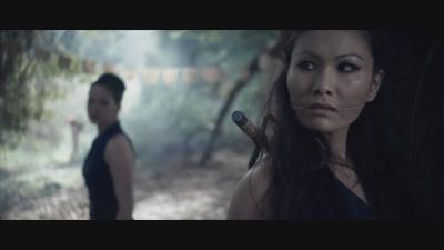 Kitana and Mileena Chase Johnny Cage