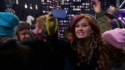 Austin & Jessie & Ally All Star New Year
