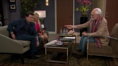 Anger Management - Charlie and the Psychic Therapist - Season 2 Episode 67