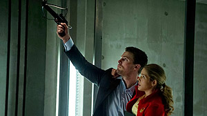 Arrow - Darkness on the Edge of Town - Season 1 Episode 22