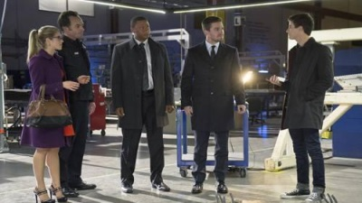 Arrow - The Scientist - Season 2 Episode 8