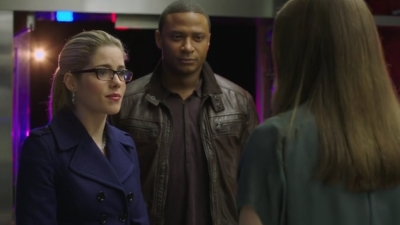 Arrow - The Man Under the Hood - Season 2 Episode 19