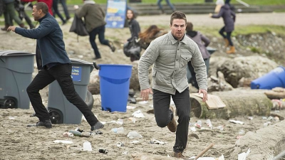 Arrow - Dark Waters - Season 4 Episode 9