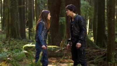 The 100 - Season 1 Episode 5 : Twilight's Last Gleaming