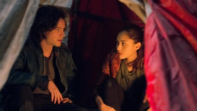 The 100 - Season 1 Episode 6 : His Sister's Keeper