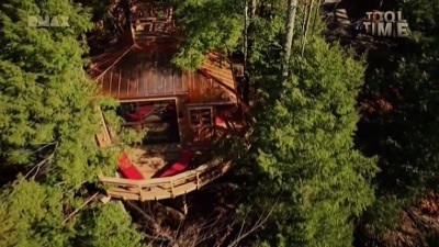 The Coolest Treehouse Ever Built