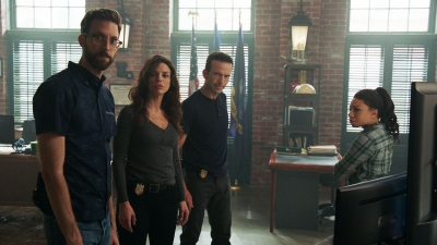 Watch NCIS: New Orleans - Season 4 Episode 1 : Rogue Nation Online