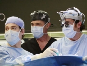 Grey's Anatomy - Scars and Souvenirs - Season 3 Episode 18