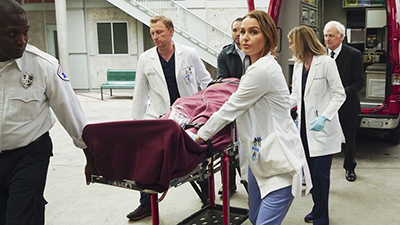 Grey's Anatomy - You're Gonna Need Someone on Your Side - Season 12 Episode 21
