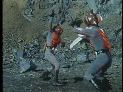 Watch Kamen Rider - Season 4 Episode 23 : Imitation Riders