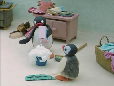 Pingu Helps Around the House