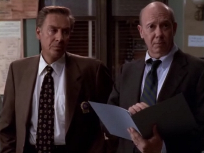 Law & Order: Special Victims Unit - Season 1 Episode 3 : ...Or Just Look Like One