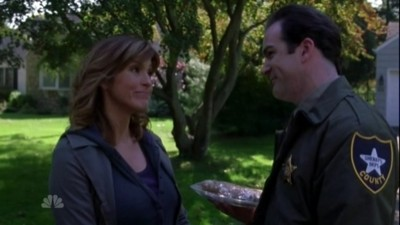 Law & Order: Special Victims Unit - Season 8 Episode 6 : Infiltrated