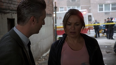 Law & Order: Special Victims Unit - Season 20 Episode 6 : Exile