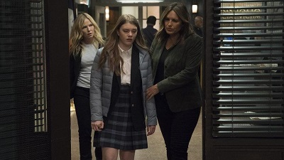 Law & Order: Special Victims Unit - Season 20 Episode 20 : The Good Girl