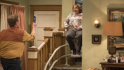 Roseanne Gets the Chair