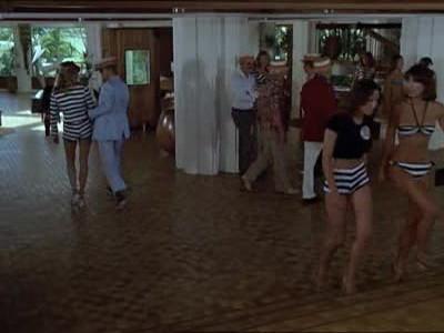 Starsky & Hutch on Playboy Island (a.k.a. Murder on Voodoo Island) (1)