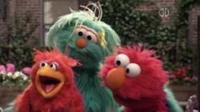 Elmo Finds a Baby Bird