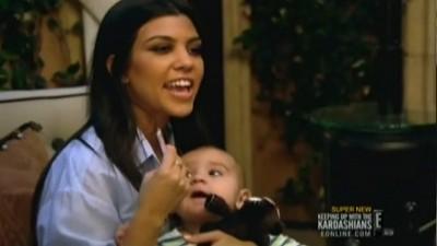 Keeping Up with the Kardashians - Season 5 Episode 9 : Kris 'The Cougar' Jenner
