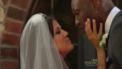 Keeping Up with the Kardashians - Season 4 Episode 1 : The Wedding