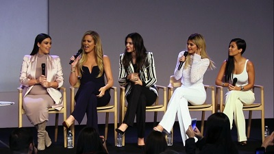 Keeping Up with the Kardashians - Season 11 Episode 8 : The Big Launch