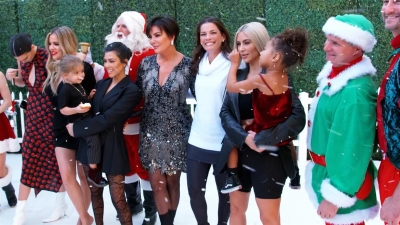 Keeping Up with the Kardashians - Season 0 Episode 9 : A Very Kardashian Holiday