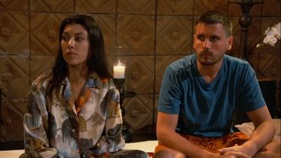 Keeping Up with the Kardashians - Season 16 Episode 4 : Soul(mate) Searching