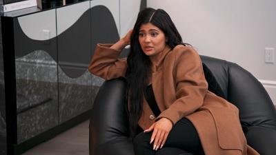 Keeping Up with the Kardashians - Season 16 Episode 12 : Aftershock