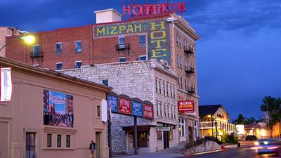Watch Ghost Adventures Season 5 Episode 2 Mizpah Hotel