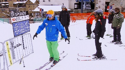 Kandi's Ski Trip: Trip Down Mending Lane