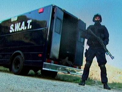 SWAT vs. GSG-9