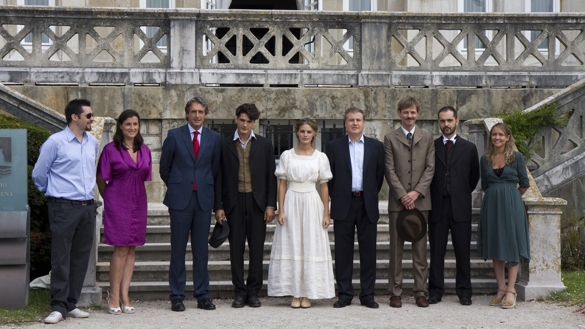 "Gran Hotel"" (2011) {El cuchillo de oro bet at home Puchar Świata w Rugby (#1.3)} TV Season"