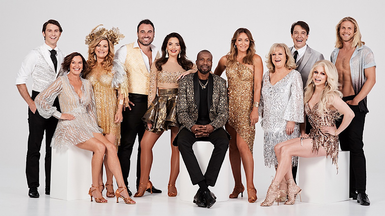 Dancing with the Stars (AU) - Season 10 Episode 9 : Judges choice, Segue and Swing Dance off