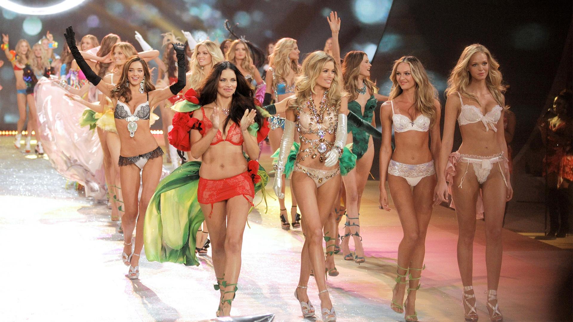 Victoria's Secret Fashion Show 1996